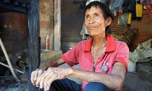 Vietnam's jungle man dies of cancer, eight years on