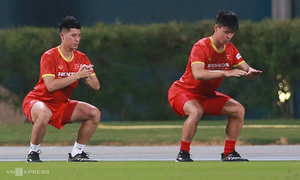 Vietnam face defense crisis in Australia clash as injury strikes again