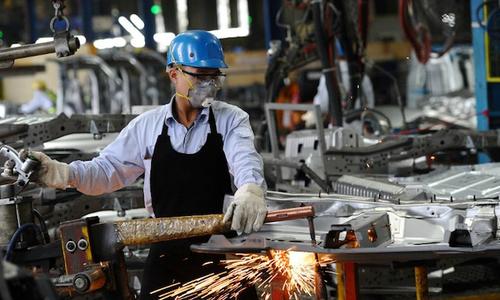Vietnam suffers unprecedented supply chain disruptions