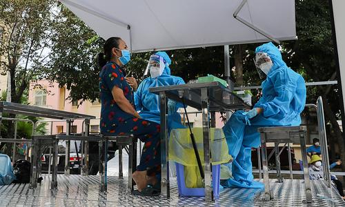 Vietnam records 14,193 more domestic Covid-19 patients