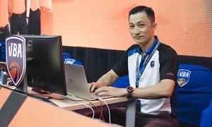 Vietnamese basketball supervisor, referees receive int'l certification