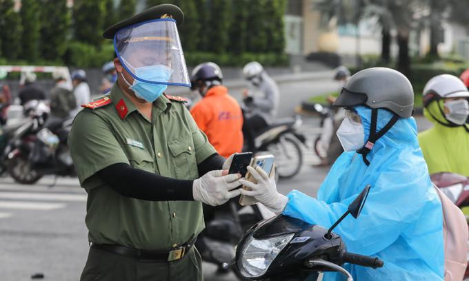Vietnam confirms 12,663 new Covid-19 cases