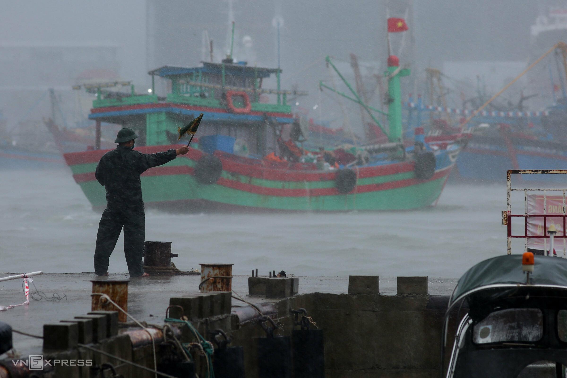 Central Vietnam braces for Storm Conson