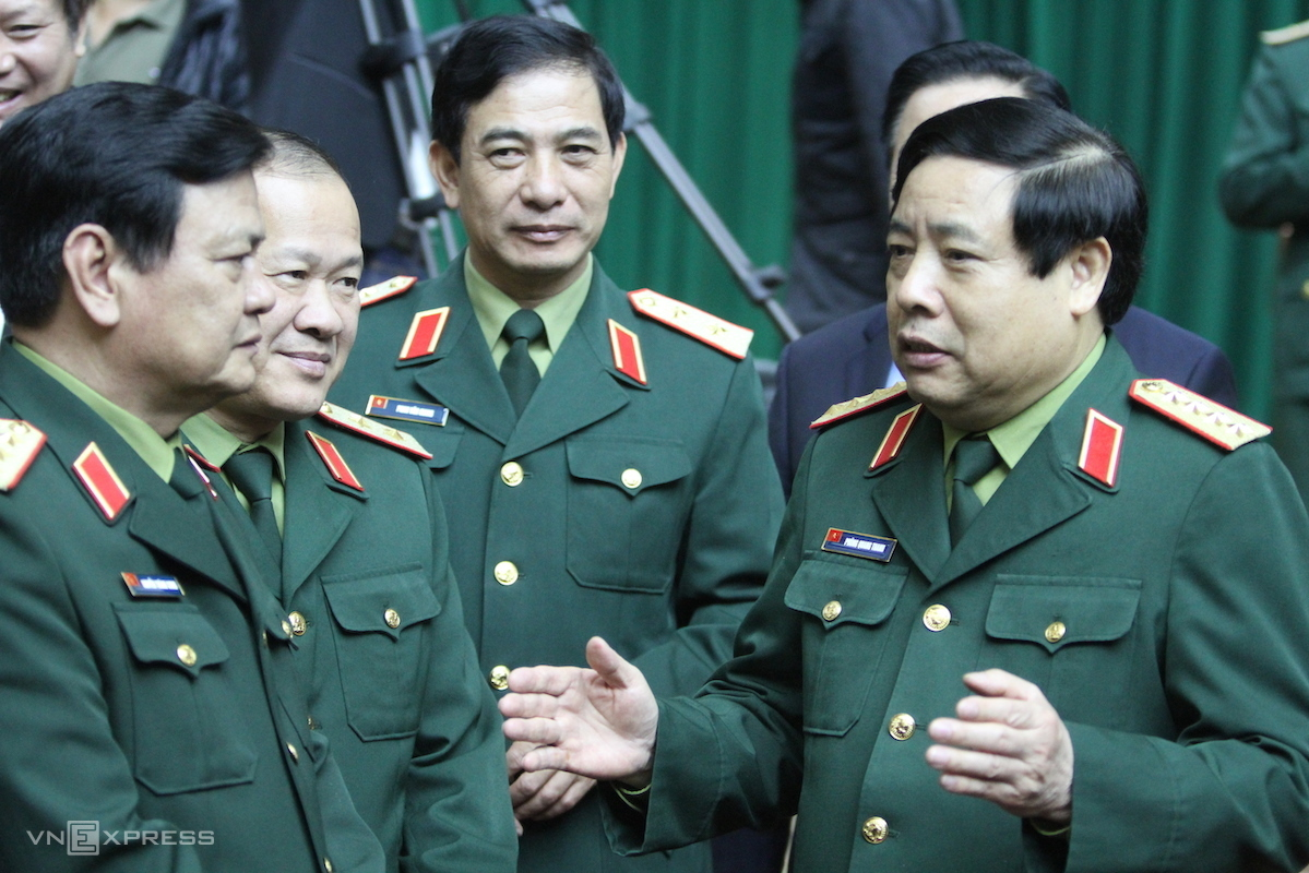 General Phung Quang Thanh (R) speaks at a national conference on Vietnamese army in December, 2014. Photo by VnExpress/Vo Van Thanh