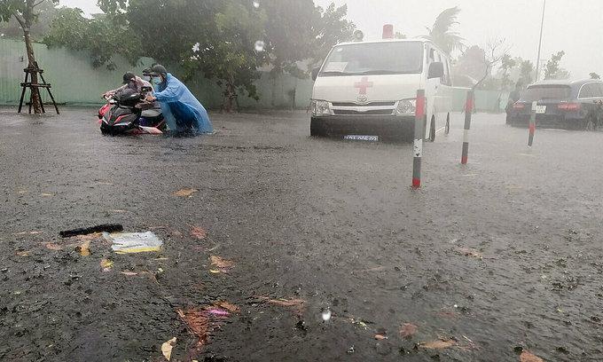 Storm Conson weakens into tropical depression