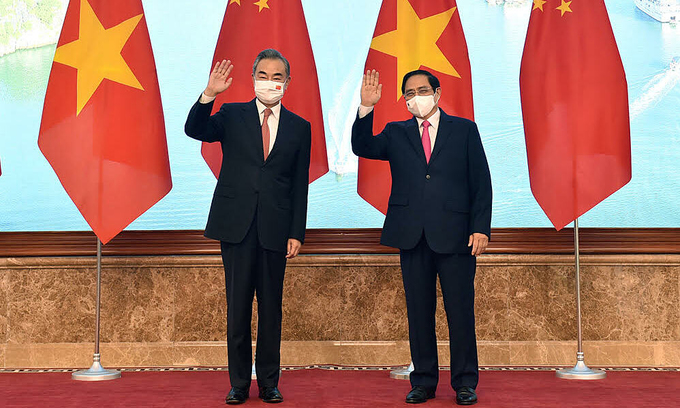 PM Pham Minh Chinh receives China's Foreign Minister Wang Yi in Hanoi, September 11, 2021. Photo courtesy of the Foreign Affairs Ministry