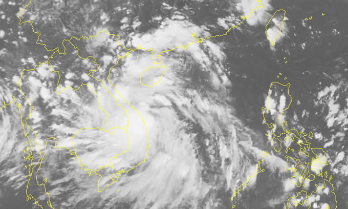 Tropical depression becomes storm, heads to central Vietnam