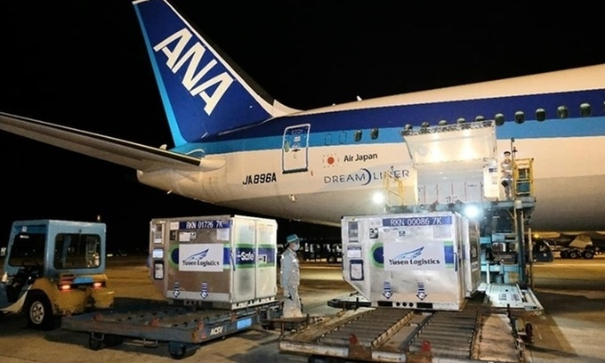 400,000 vaccine doses gifted by Japan arrive in Vietnam