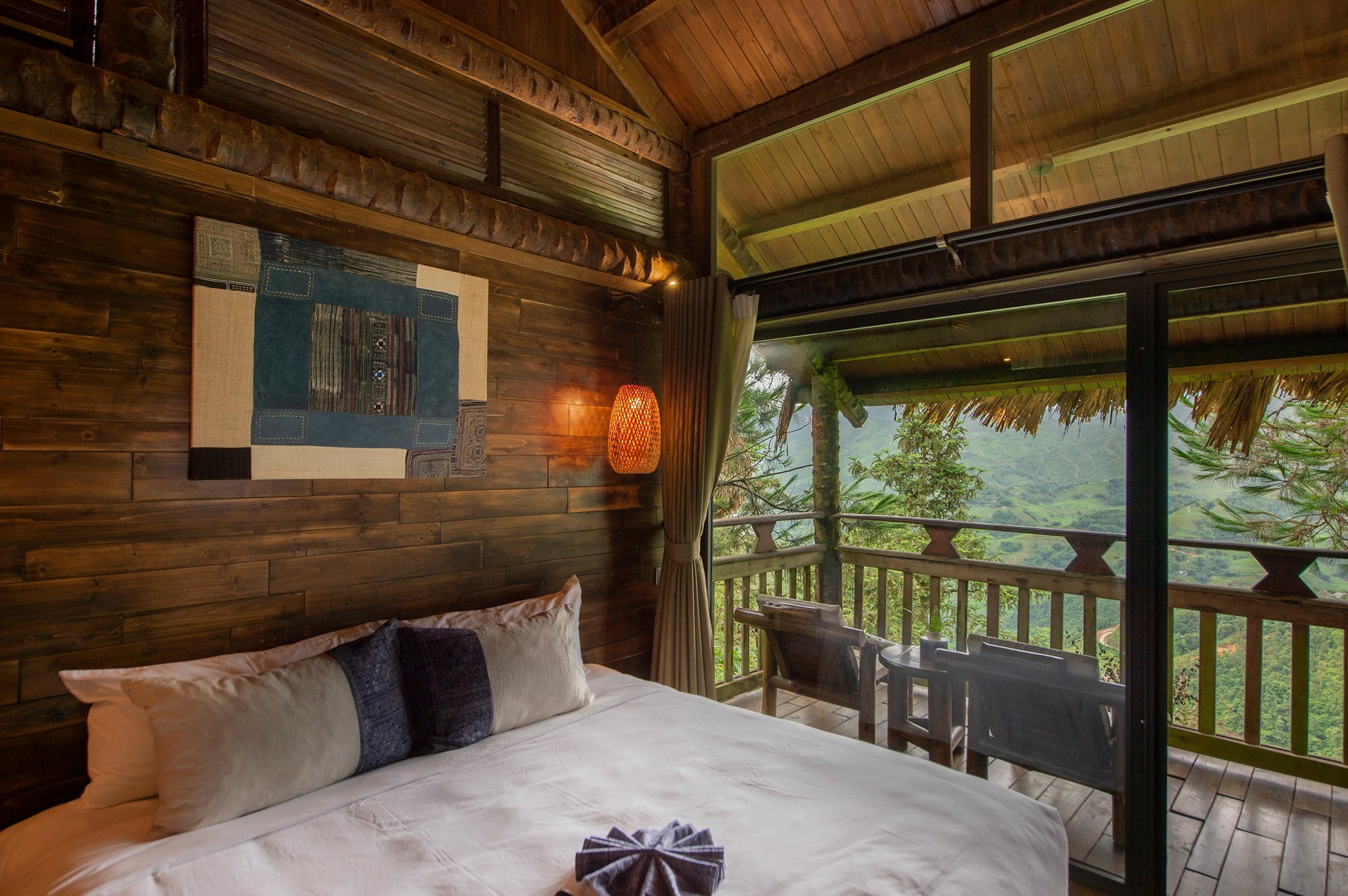 Luxury resorts welcome back tourists