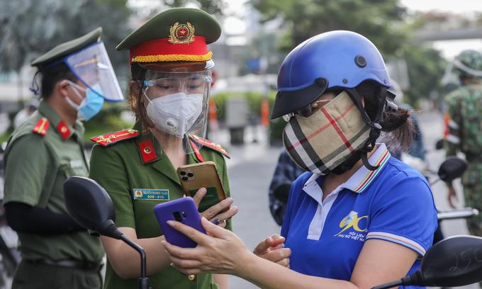 HCMC eyes elaborate traffic regulation plans after ending lockdown