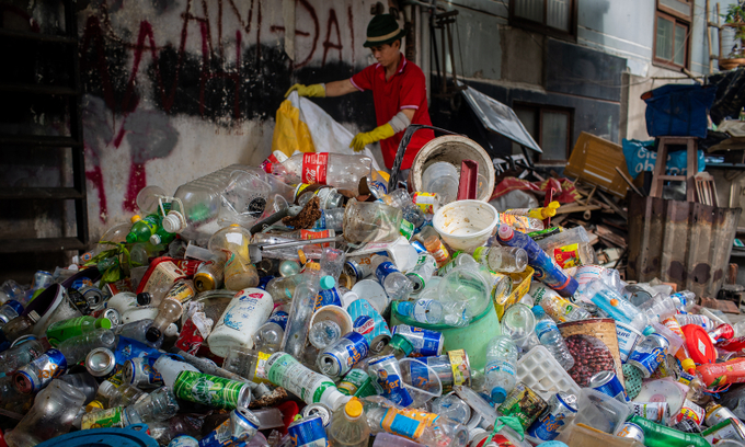Inefficient plastics recycling costs Vietnam up to $2.9 bln a year