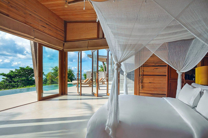 The price of a villa for two people ranges from VND14.7 -25.7 million ($  ) and a villa with three to four bedrooms costing from VND56 - 83 million. Photos courtesy of Six Senses Con Dao .