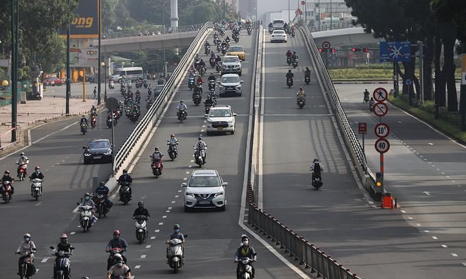HCMC finalizes traffic regulation plan post-lockdown