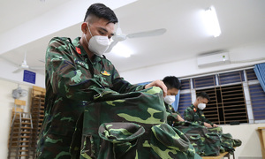 Medics, military withdraw from HCMC as Covid subsides