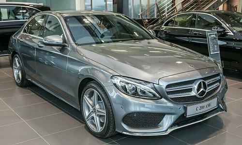 Mercedes-Benz Vietnam recalls 1,700 cars to correct fire risk