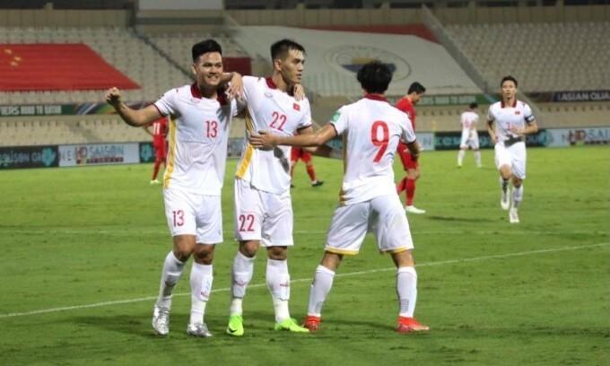 Vietnamese defender calls for fans' support in Oman clash