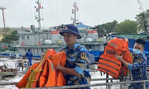 Vietnam prepares to evacuate 250,000 people as storm Kompasu looms