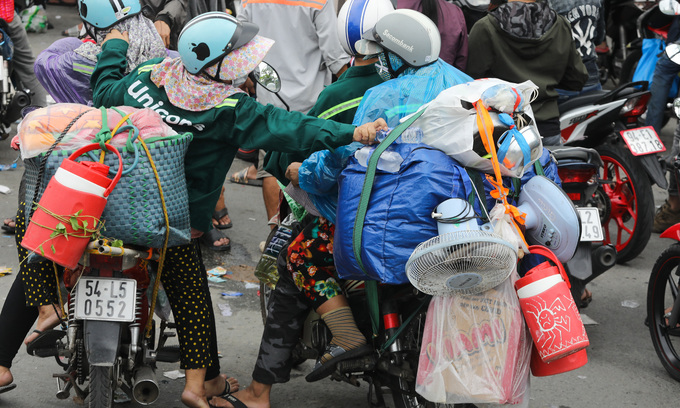 1.3 mln migrants return home during pandemic
