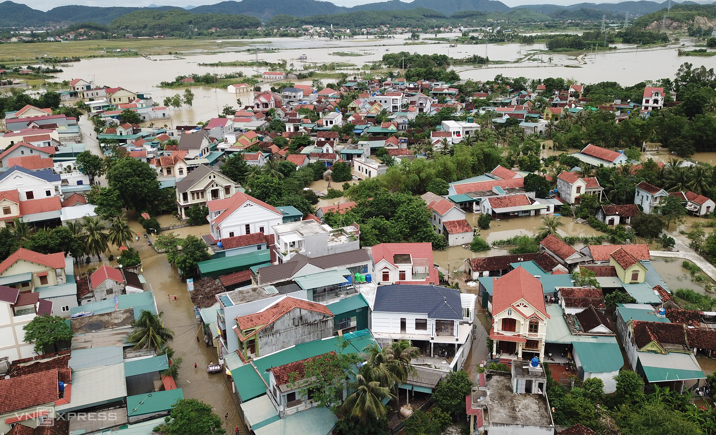 Quynh Lam Commune in Vietnams central Nghe An Province is flooded following heavy rains from Sept. 23 to 26. Photo by VnExpress/Nguyen Hai