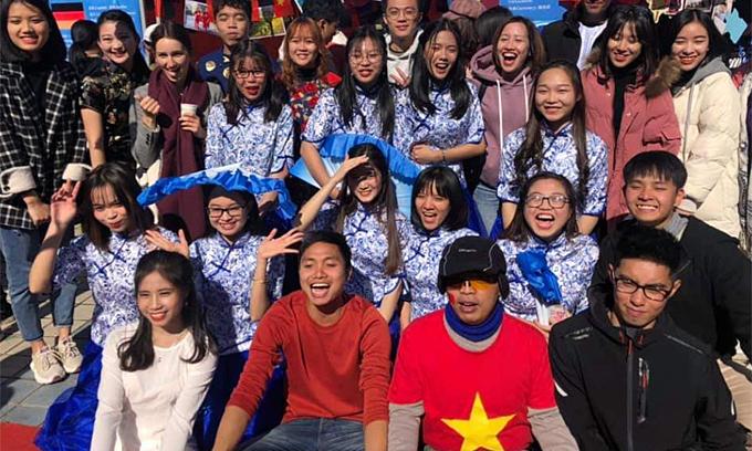 Image Vietnamese students of Chinese universities yearn to resume offline classes - VnExpress International