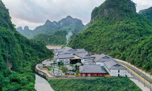 Northern Vietnam resorts offer discounts as domestic tourism reopens
