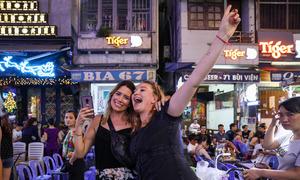 'No international tourist will sacrifice seven days of a holiday to quarantine'