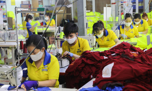HCMC firms have difficulty resuming operations